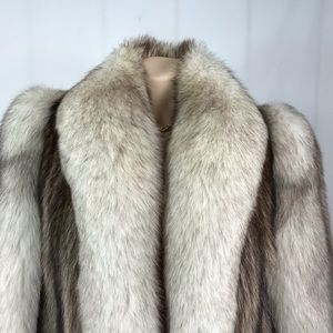Jackets & Coats - Silver fox fur size 10